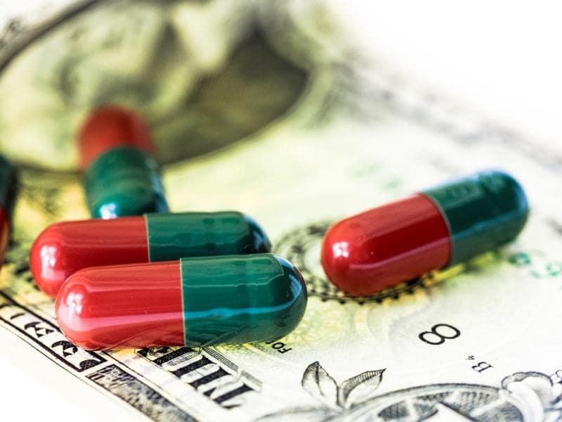 CBD capsules and CBD oil